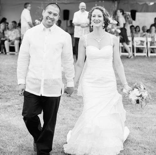 Victoria (and Rafael) Atienza @ Bonita's Winery – Summerland, BC
